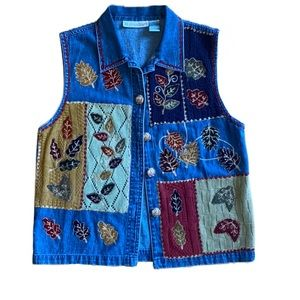 Dressbarn jean vest, owl buttons, medium